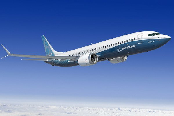 Boeing 737 MAX 8.