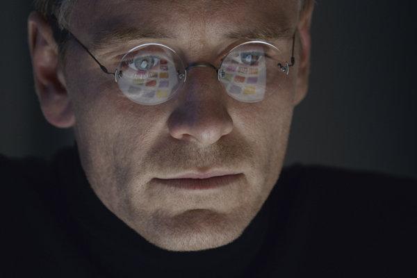 Michael Fassbender ako Steve Jobs.