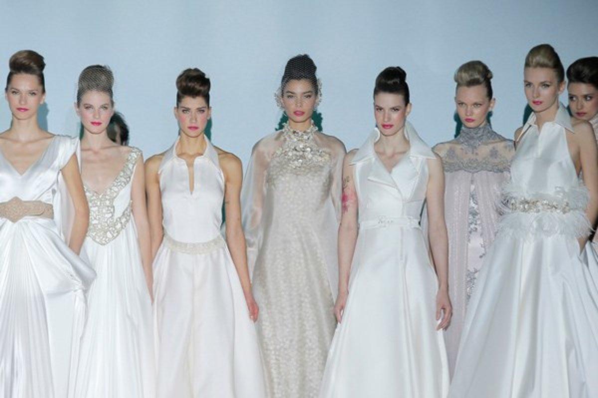 05646e5ac7d1 Kolekcia svadobných šiat Izabel Zapardiez   Barcelona Bridal Week