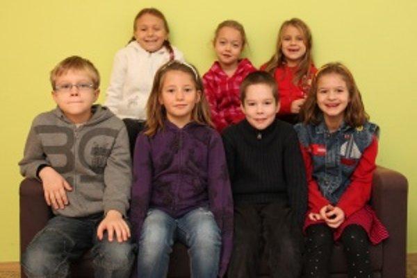 Zľava horný rad: Adinka (6), Niki (7), Leuška (6)Alex (8), Adelka (7), Filipko (8), Jaruš (7)