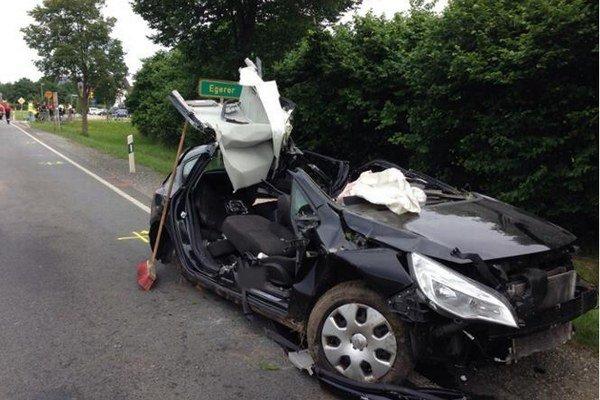 V tomto aute zahynuli traja Vranovčania.