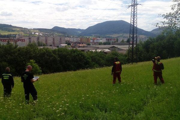 Ľubomíra pomáhali hľadať aj dobrovoľní hasiči z Korne.