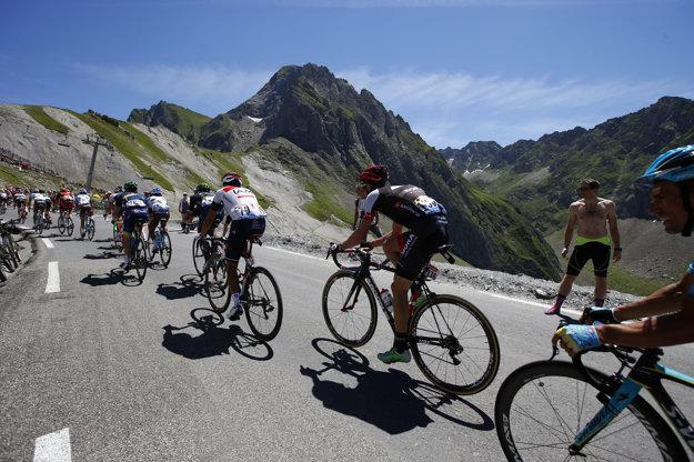 Cyklisti v sobotu už 84. raz na Tour de France zdolali legendárny Col du Tourmalet. Žiadne iné stúpanie neabsolvovali v histórii prestížnych pretekov viackrát.