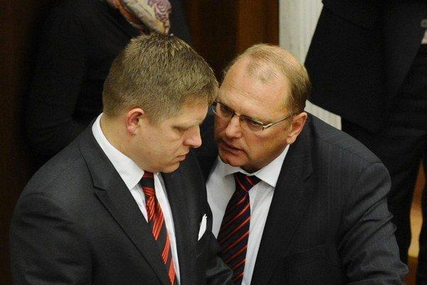 Ľubomír Vážny je podpredsedom vlády Roberta Fica.
