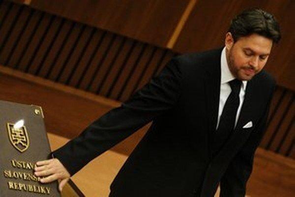 Vladimír Jánoš v stredu oznámil, že sa vzdáva poslaneckého mandátu.