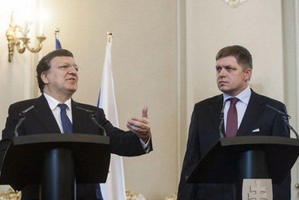 Fico s predsedom Európskej komisie Barrosom.