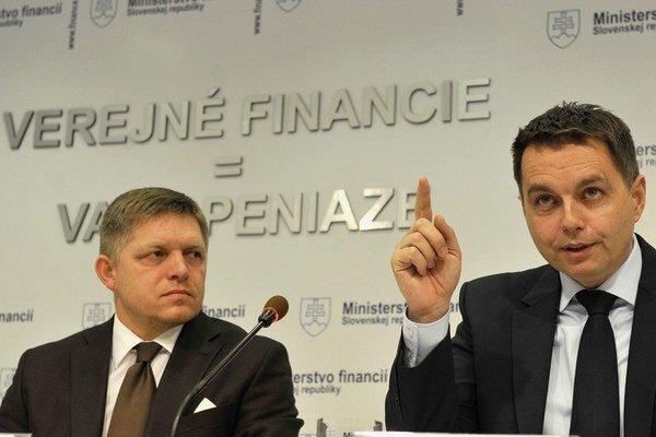Európska komisia ráta s vyšším rastom dlhu, ako ho projektuje slovenská vláda.