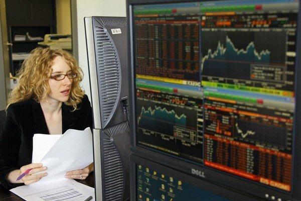 Európska únia chce regulovať niektoré obchody na finančných trhoch.