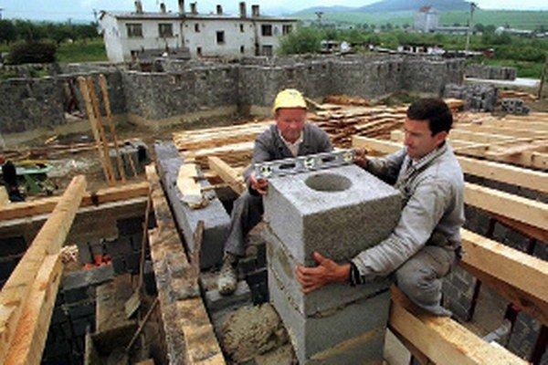 Stavebnú agendu by mali riešiť len spoločné úrady, niektoré obce sú proti.