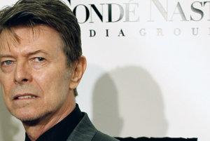Legendárny hudobník David Bowie.