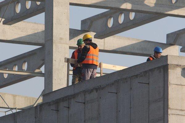 V Česku často pracujú napríklad naši stavbári.