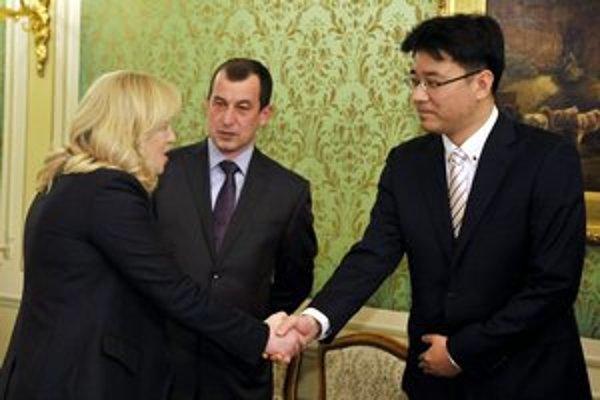 Zástupcov spoločnosti Samsung Electronics Slovakia prijala predsedníčka vlády Iveta Radičová.
