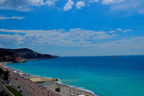 Photoshop alebo skutočné Azúrové pobrežie?