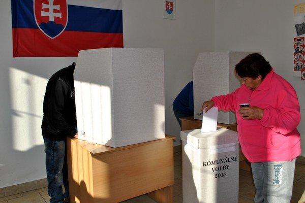 Voľby v Lomničke boli hlavne o Mirgovcoch a Oračkovcoch.
