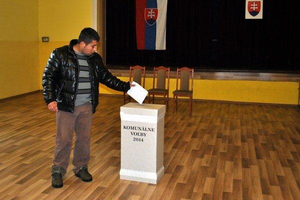 Voľby v Podolínci. Spochybňuje ich vyše desať percent voličov, podali sťažnosť na Ústavný súd.