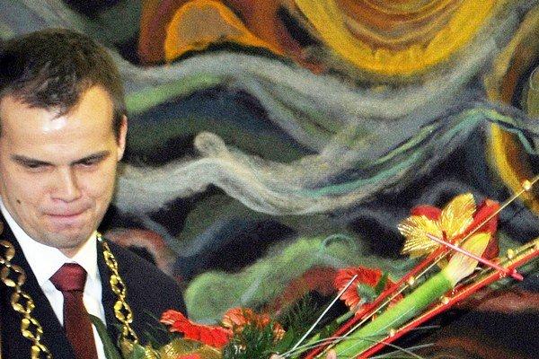 Primátor Ľuboš Tomko žiadal základ, dostal viac.