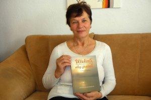 Autorka. Marta Krafčíková sa v knihe venovala osudom i nárečiu.