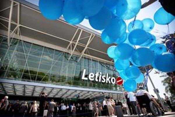 Proces udelenia koncesie na dlhodobú prevádzku bratislavského letiska by mal byť rozdelený na tri fázy.