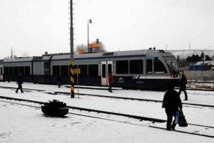 Čiastočný úspech. Osobné vlaky sa opäť vydajú na trať, hoci len minimálne.