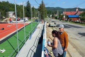 Nový areál. V Čirči v týchto dňoch dokončujú športovisko pre miestnych.