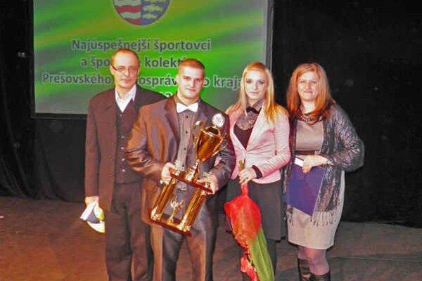 S ocenením Prešovského samosprávneho kraja. Tomáš Grib sa právom ocitol medzi najúspešnejšími športovcami roka.