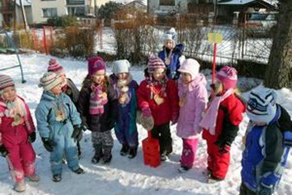 Škôlkari. Zima im neprekážala. Naopak, zvieracia olympiáda v nich vyvolala radosť a hlavne priniesla nové zážitky.