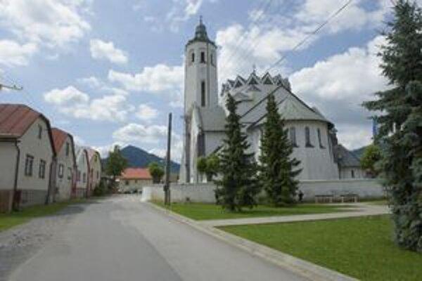 Chrám v obci má rovných sto rokov.