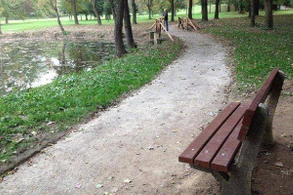 Mestský park prešiel výraznou obnovou.