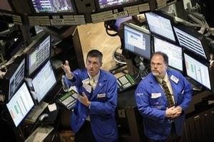 Burzy aj napriek prázdninám rastú. Investorov prekvapili dobré výsledky  amerických firiem.