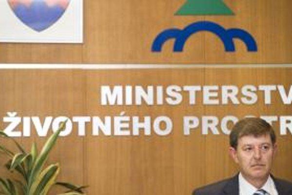 Bývalý minister životného prostredia Ján Chrbet.
