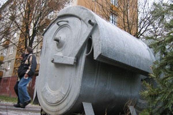 Poplatok za komunálny odpad by mal byť v Prievidzi v roku 2014 nižší.