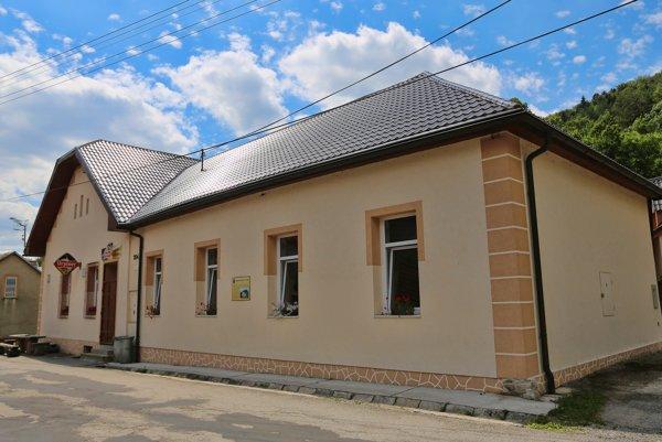 Robotnícky dom v Moštenici je najstarší na Slovensku.