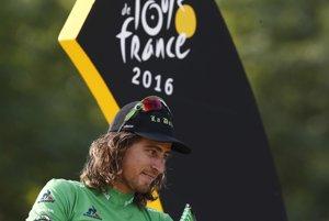 Peter Sagan získal na Tour de France päť zelených dresov. Žltý dres zatiaľ reálny nie je.