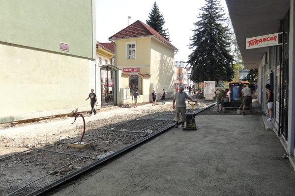 Priestor v centre mesta prechádza rekonštrukciou.