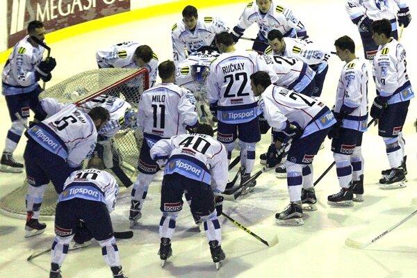 Hokejisti Nitry vyhrali posledné tri zápasy.