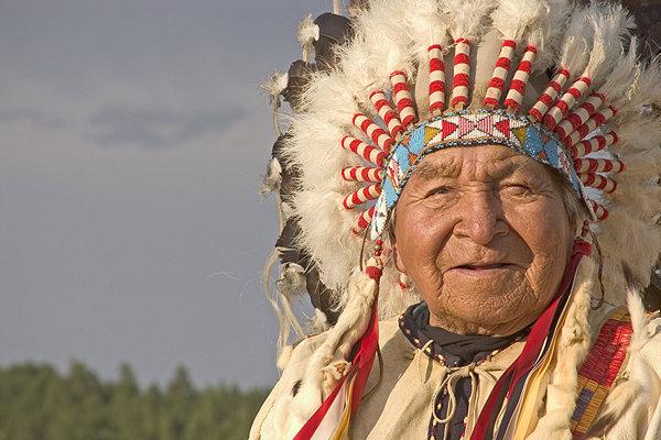 Náčelník David Bald Eagle.