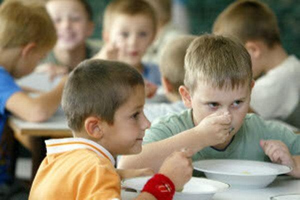 Väčšina jedální ponúka obedy aj desiaty.