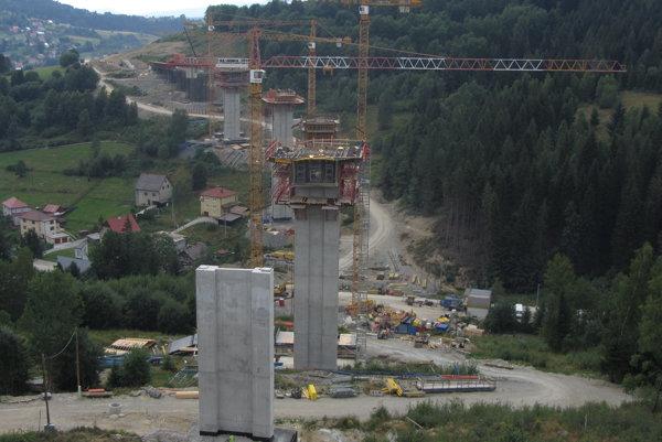 Kontrolovať sa bude aj na diaľničnom úseku D3 Svrčinovec - Skalité.