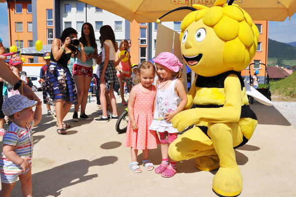 Na slávnostné otvorenie Žihadielka prišla aj včielka Maja.