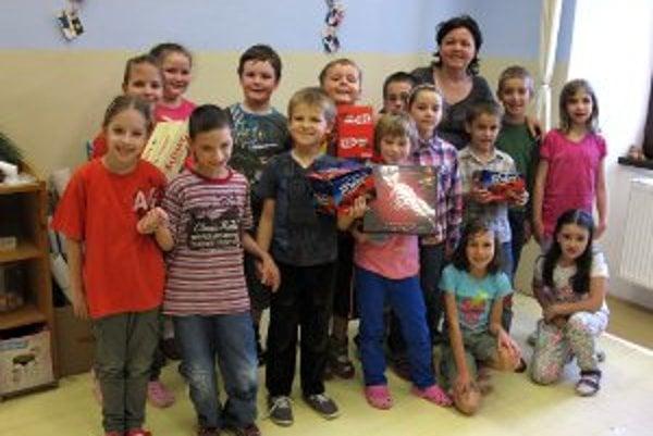 Najobľúbejnejšia učiteľka Beáta Jamrišková a jej víťazná 2.B trieda zo Spojenej školy F. Hanáka v Prievidzi.