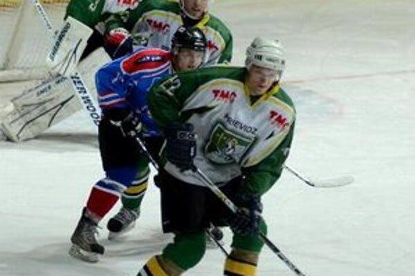 V prípade víťazstva sa hokejisti MšHK dostanú pred jedenásty Trebišov.