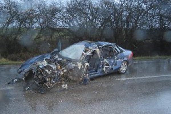 Tragická nehoda si vyžiadala jeden ľudský život.
