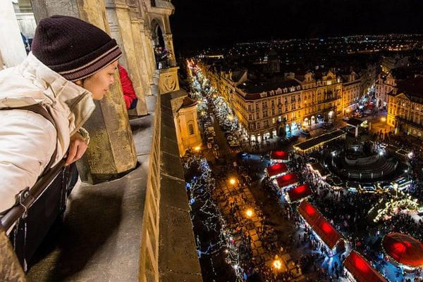 Vianočné trhy sú lákadlom pre turistov z celého sveta.