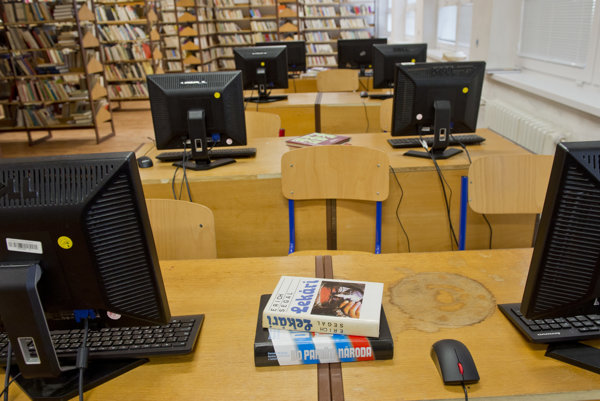 Po rekonštrukcii bude mať knižnica výpočtovú techniku a kamerový systém.