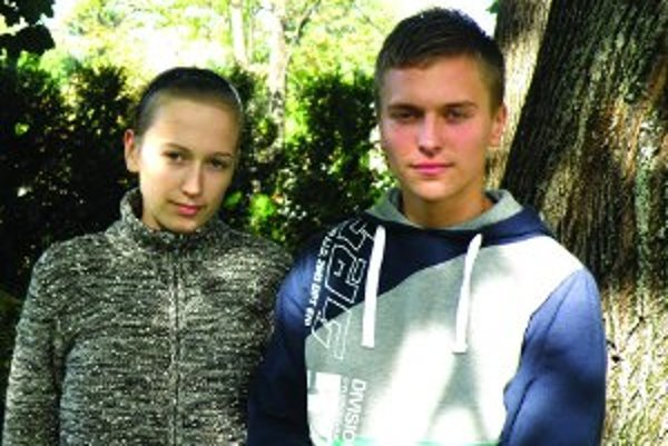 Z praxe na Cypre sa vrátili Denisa a Andrej predčasne a sklamaní.