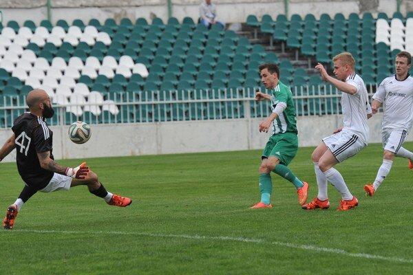 Po letnej pauze pokračuje futbal vregióne. Vranovčania (brániaci) hostia Svidník, Prešov hrá vOpátskom.