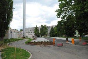 EEI z Prešova odišla, parkovacie plochy ostali.
