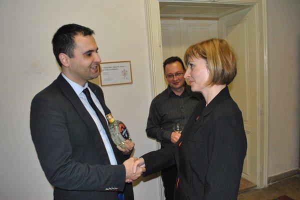 Po voľbách. Ďurišin gratuloval Turčanovej, neskôr bol jej zástupcom. Teraz ho primátorka odvolala.