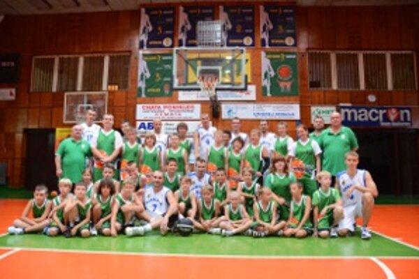 Basketbalový kemp vyvrcholil exhibičným zápasom s Tímom Ondreja Haviara.