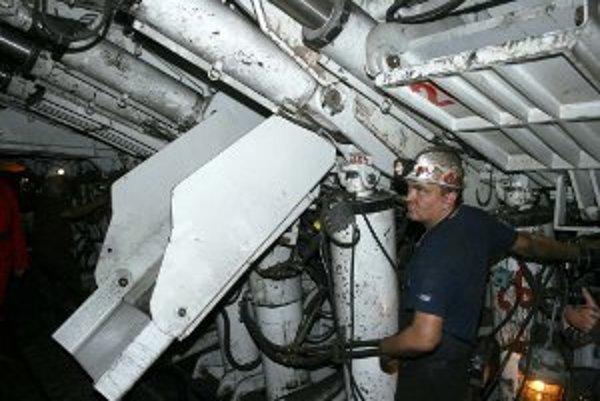 O prácu v podzemí je stále záujem.